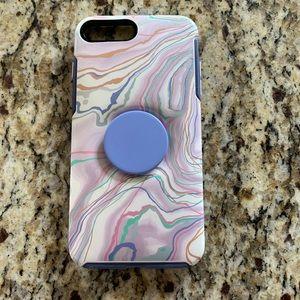 Otter box + pop socket iPhone 8 Plus